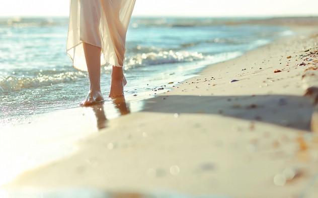sand-waves-girl-legs-beach-sea-hd-wallpaper